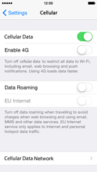 Apple iPhone 5s - iOS 8 - Internet and data roaming - Disabling data roaming - Step 5
