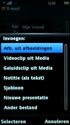 Sony Ericsson U5i Vivaz - E-mail - hoe te versturen - Stap 10