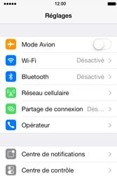 Apple iPhone 4 S iOS 7 - Internet - Désactiver les données mobiles - Étape 3