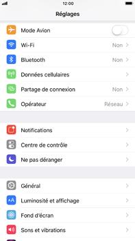 Apple iPhone 6s Plus iOS 11 - Internet et roaming de données - Comment vérifier que la connexion des données est activée - Étape 3