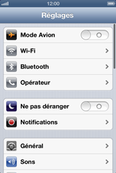 Apple iPhone 4 - WiFi - Configuration du WiFi - Étape 3