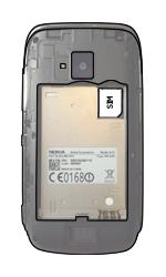 Nokia Lumia 610 - SIM-Karte - Einlegen - Schritt 3