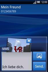 Sony Ericsson Xperia X8 - MMS - Erstellen und senden - Schritt 13
