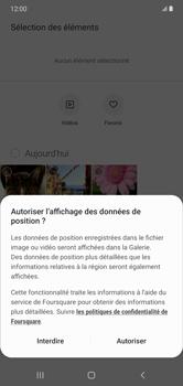 Samsung Galaxy Note 10+ - Contact, Appels, SMS/MMS - Envoyer un MMS - Étape 17
