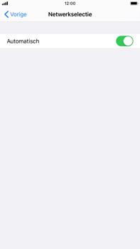 Apple iPhone 8 Plus - iOS 13 - Netwerk - Handmatig een netwerk selecteren - Stap 5