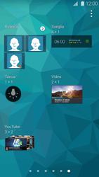 Samsung Galaxy S 5 - Operazioni iniziali - Installazione di widget e applicazioni nella schermata iniziale - Fase 5