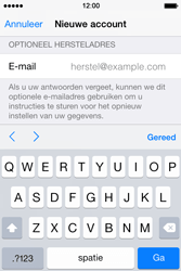 Apple iPhone 4S (iOS 8) - apps - account instellen - stap 15