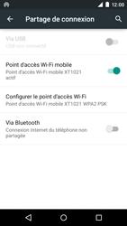 Motorola Moto E (1st Gen) (Lollipop) - Internet et connexion - Partager votre connexion en Wi-Fi - Étape 10