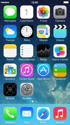 Apple iPhone 5s - Primeros pasos - Quitar y colocar la batería - Paso 1