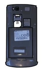 Samsung S8600 Wave 3 - SIM-Karte - Einlegen - Schritt 4