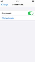 Apple iPhone SE - iOS 13 - Beveiliging - Stel de pincode voor je simkaart in - Stap 12