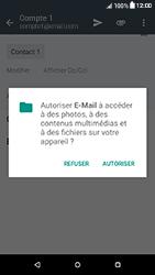 HTC Desire 650 - E-mails - Envoyer un e-mail - Étape 11