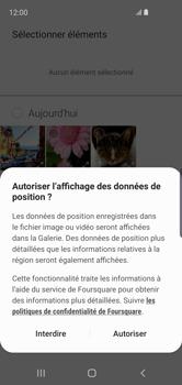 Samsung Galaxy S10e - Contact, Appels, SMS/MMS - Envoyer un MMS - Étape 18