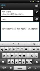 Sony LT22i Xperia P - E-mail - E-mails verzenden - Stap 8
